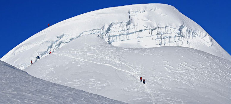 Pisang Peak Climbing, Pisang Peak Adventure Nepal, Pisang Peak Expedition